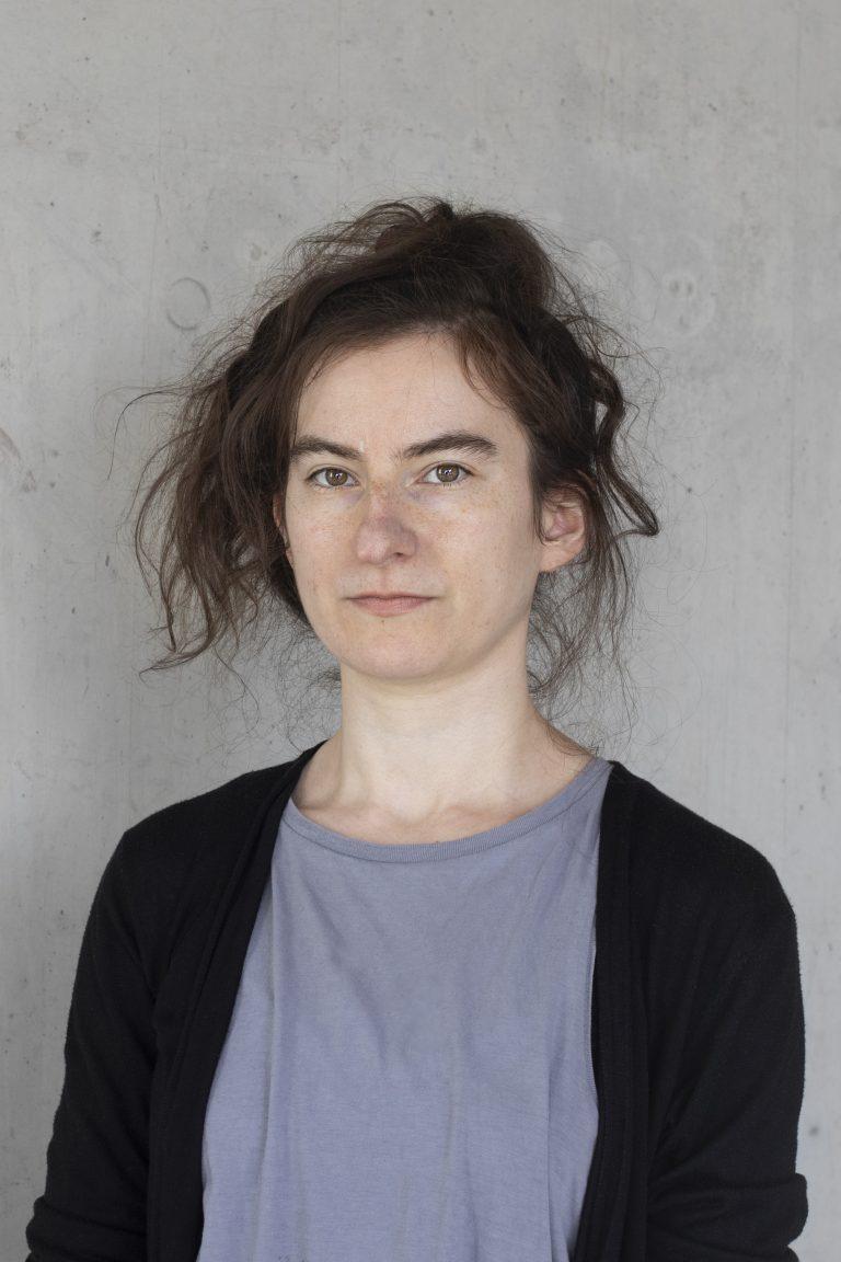 Portrait der Autorin Deniz Ohde